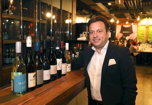 Rizottó vörösborral és más merész borpárosítások: interjú Fiáth Attilával