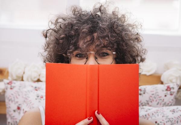 KÖNYVneked – Májusi könyvajánlónk