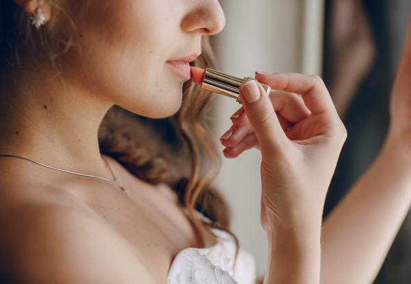 #JustMarried: minden, amit az esküvői sminkről tudnod kell