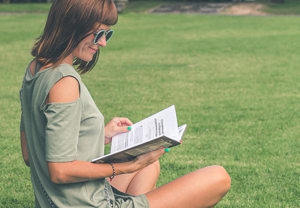 KÖNYVneked – Augusztusi könyvajánlónk