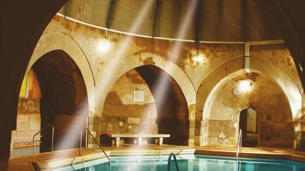 Merülj el a kultúrában a budapesti fürdőkben!