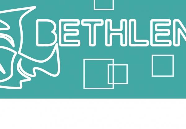 Ajánljuk melegen a hideg októberben a Bethlen Téri Színházat!