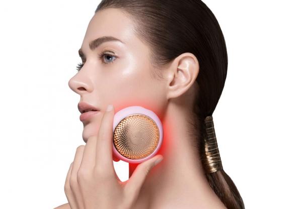 BŐRÁPOLÁS BETEGEN – Túlélési tippek a FOREO-tól, hogy hamarabb jobb bőrben légy!