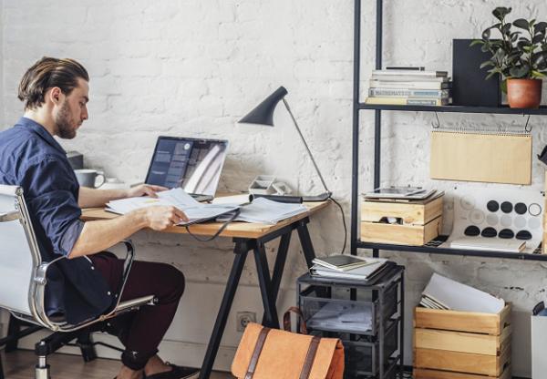 Hogyan NE túlórázz home office idején?